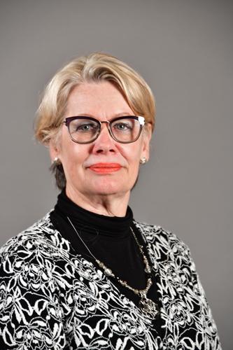 Van Der Walt, Ms D