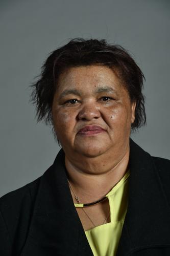 Profile picture: Gillion, Ms M