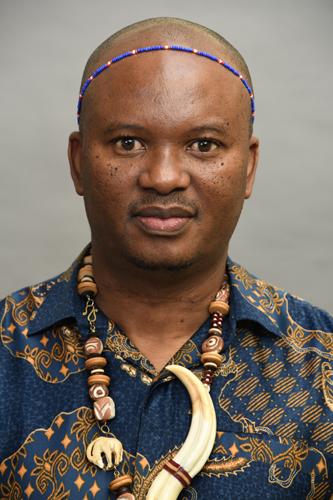 Mkiva, Mr Z
